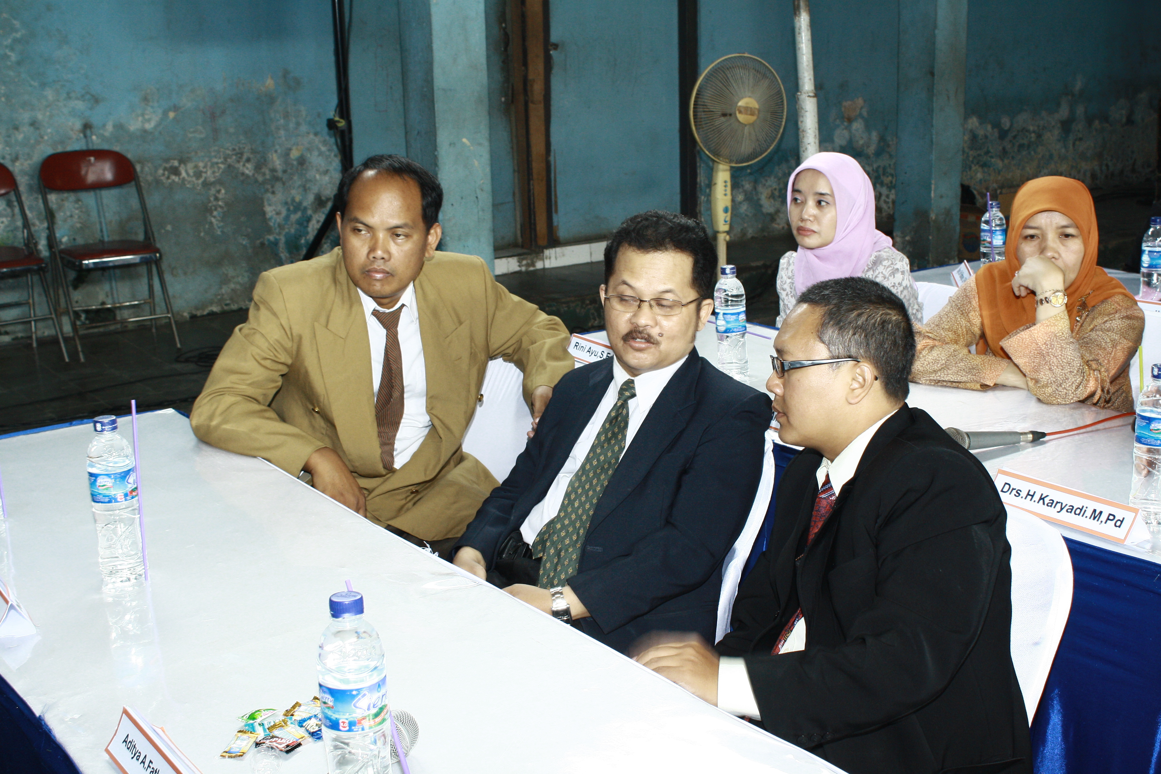 Rapat Senat Universitas