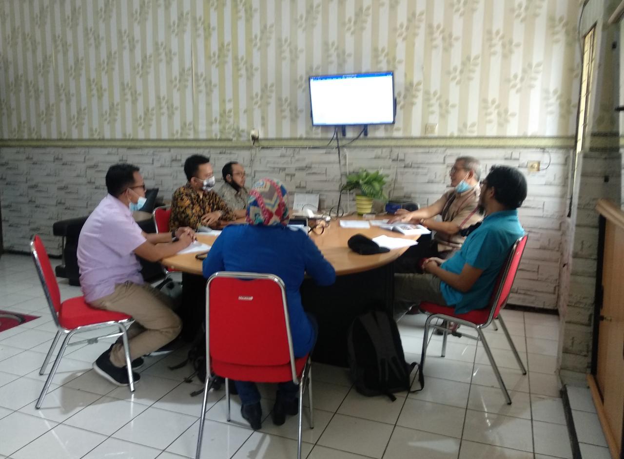 Rapat Evaluasi Infrastruktur TI/SI UNIBBA