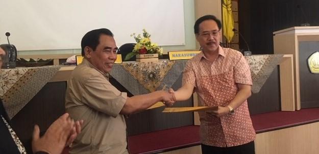 Studi Banding Universitas Bale Bandung dan Penandatanganan MoU UNIBBA dengan UNSUR