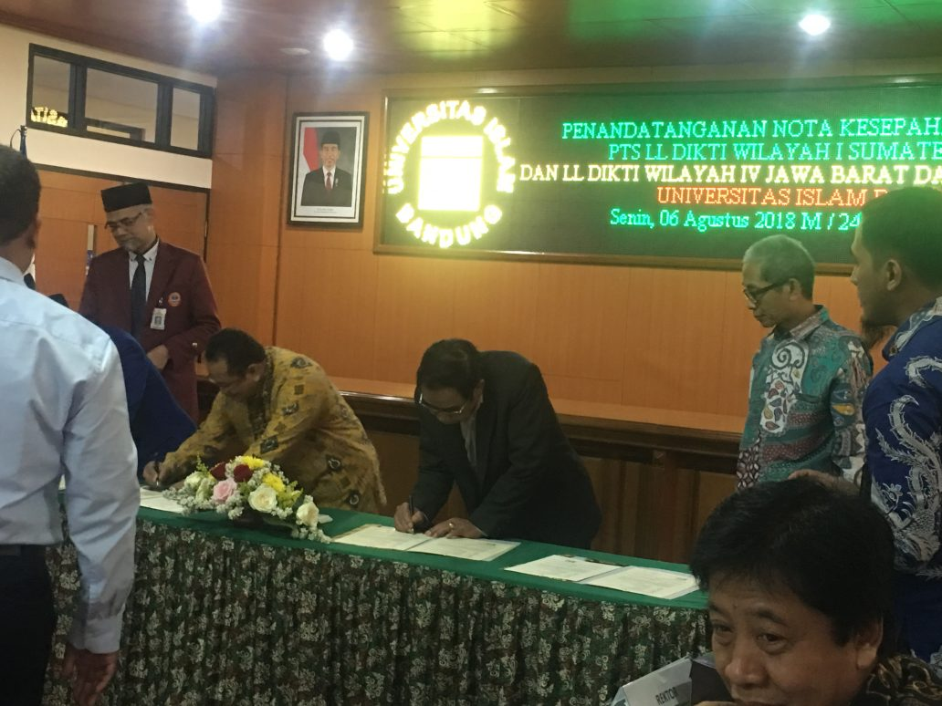 Read more about the article Penandatanganan Nota Kesepahaman (MoU) UNIBBA dengan UNISBA